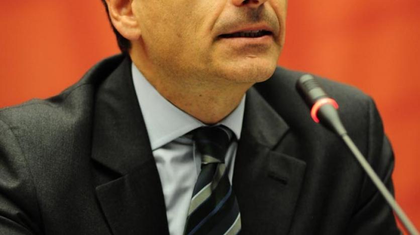 Member Webex: Andrés Velasco on the Global Economic Impact